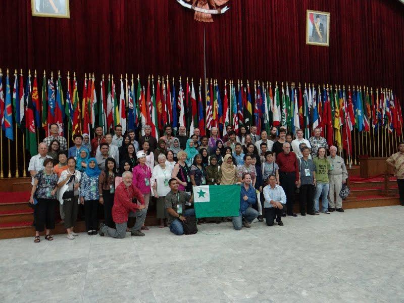 partoprenantoj en la kongreso en Bandung